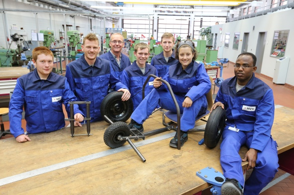 Jacqui and her fellow apprentices with their beach buggy mid-build